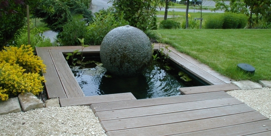 Aquatic design concept et garden categories bassins - Construction etang de jardin ...