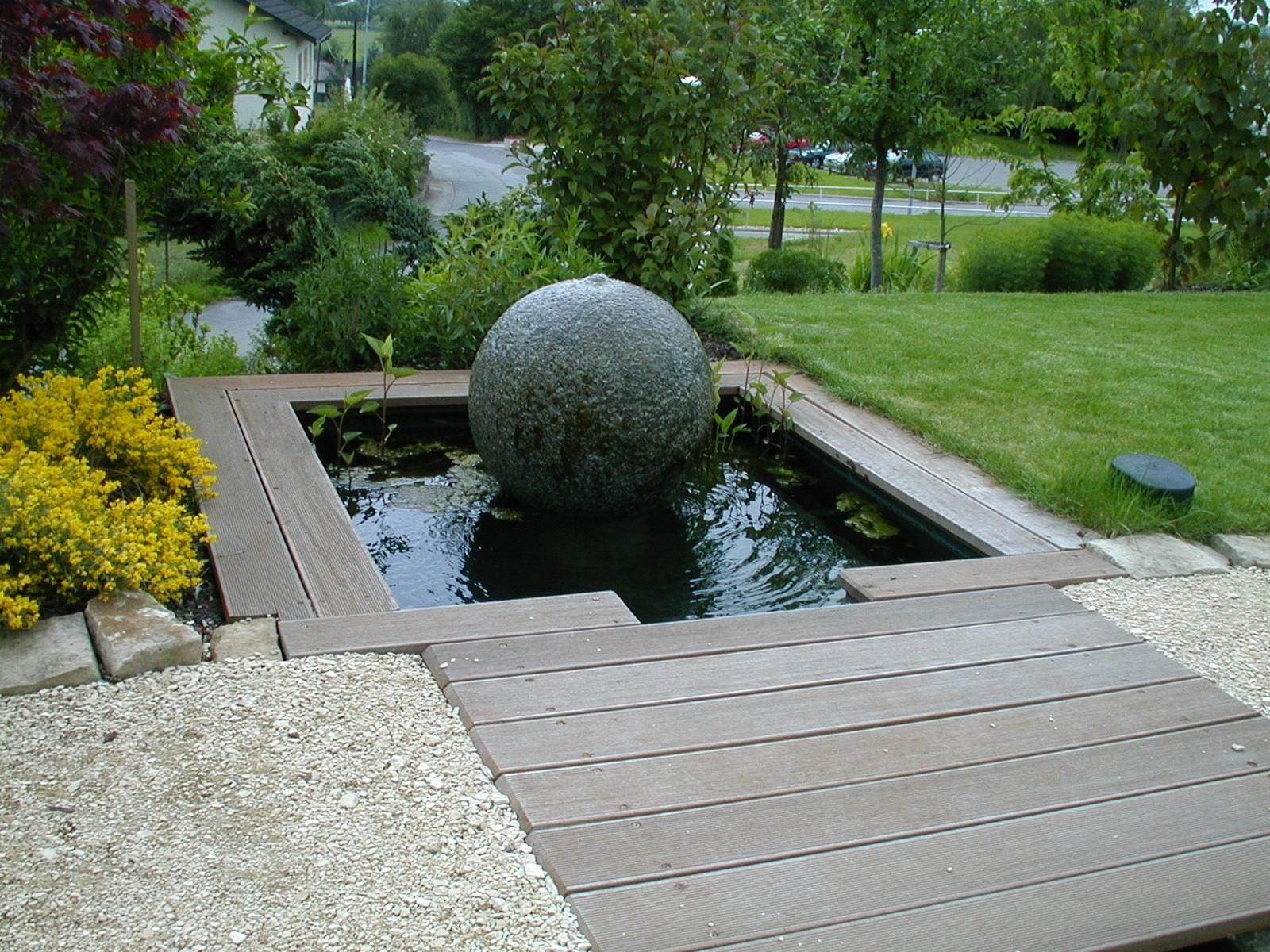 Aquatic design concept et garden jardins aquatiques for Etang jardin