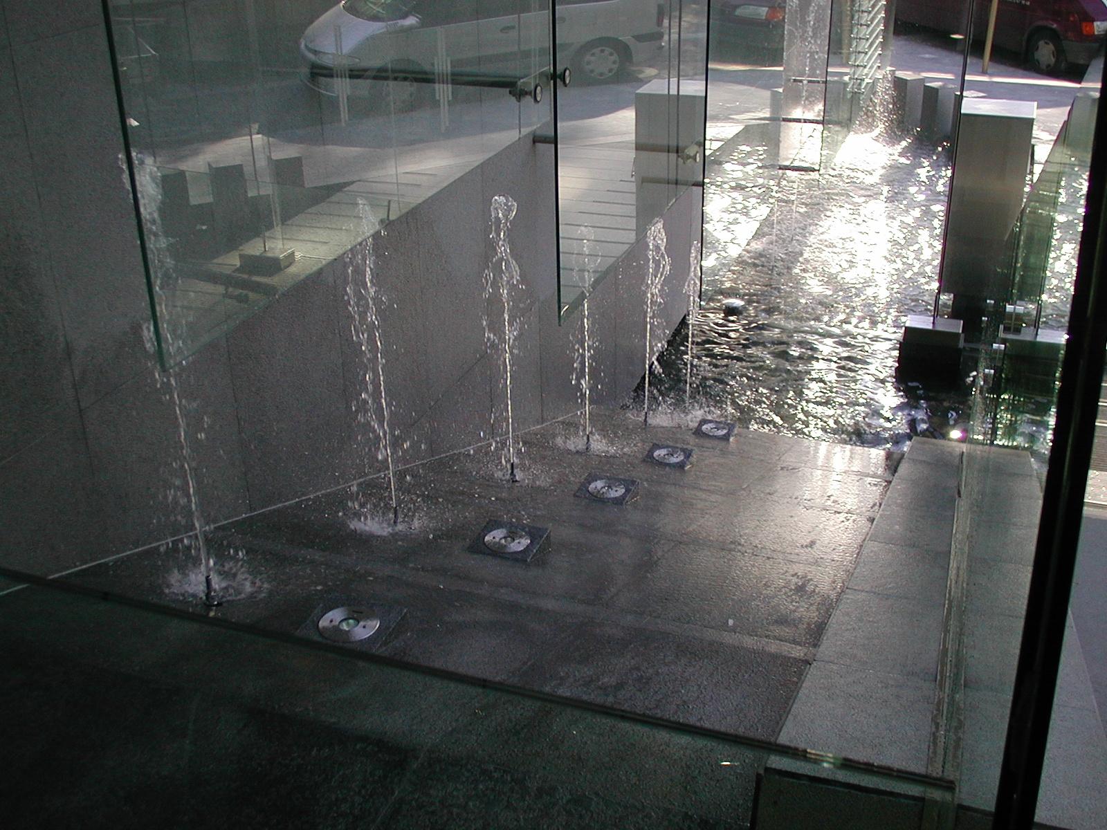 aquatic design concept et garden jardins aquatiques bassins fontaines tang mat riel. Black Bedroom Furniture Sets. Home Design Ideas